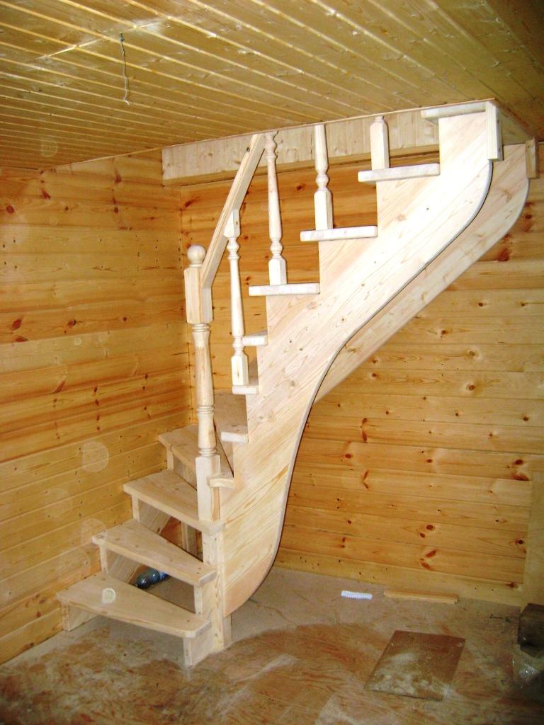 Как самому сделать лестницу в дачном доме